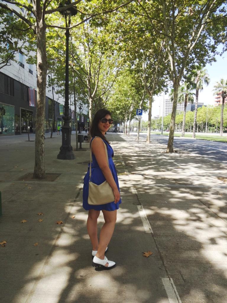 blu dress