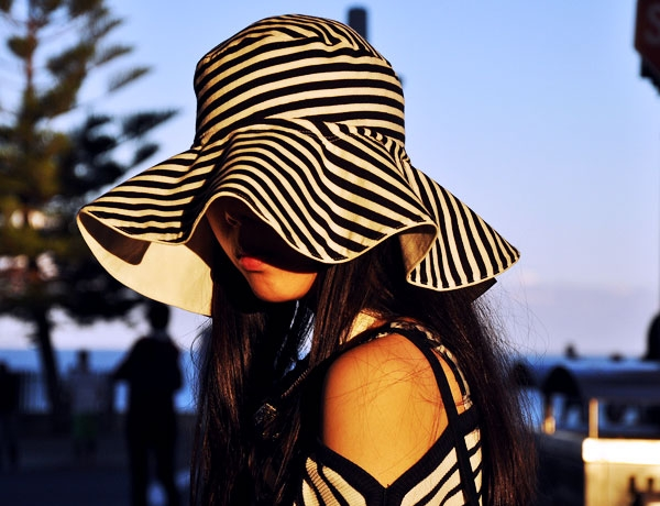 stripedhat