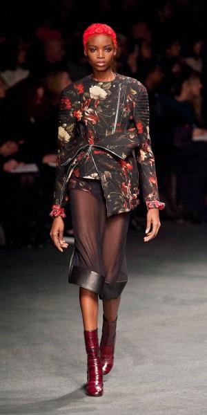 Givenchy-F13-037_oggetto_editoriale_720x600